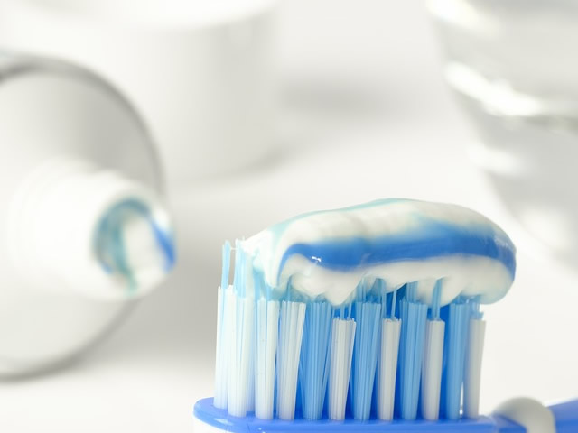 Migliori dentifrici con bicarbonato di sodio